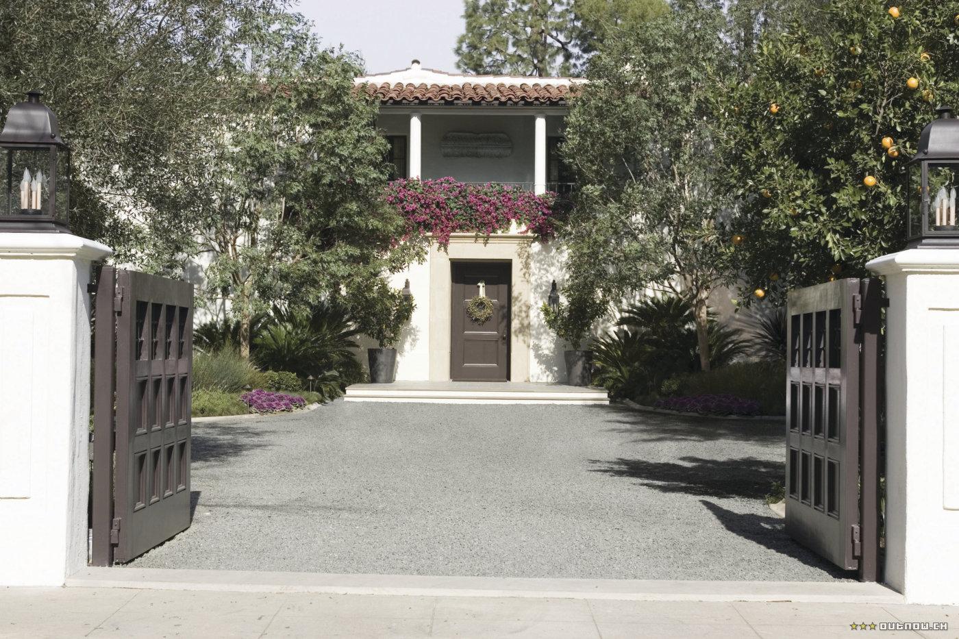 The Holiday LA House Wallace Neff Cameron Diaz Kate Winslet Wisteria