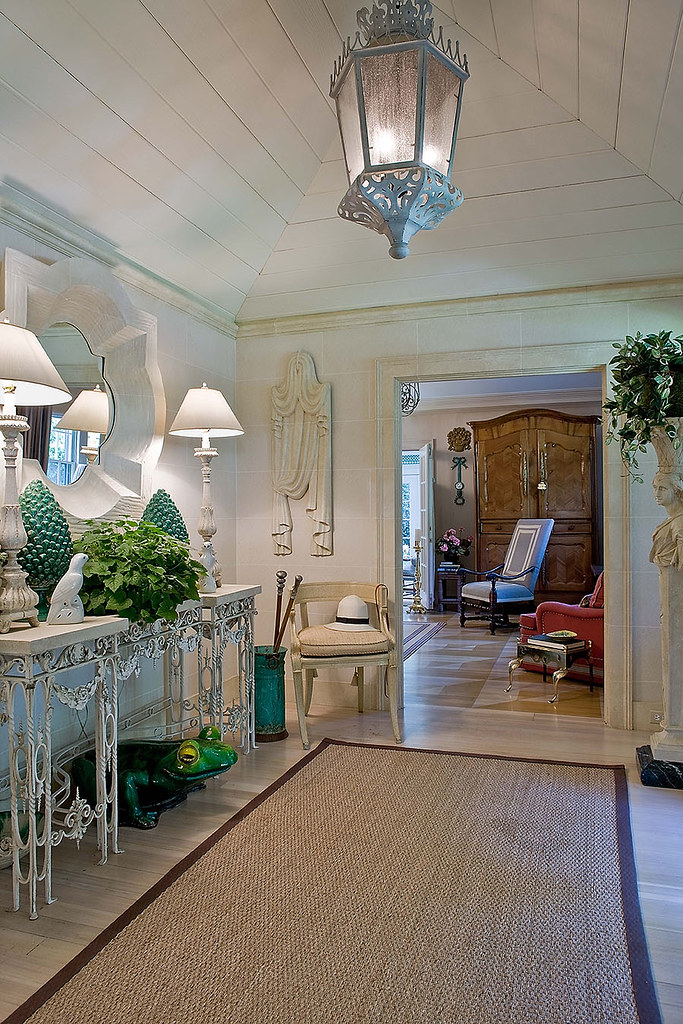 Richard FitzGerald home entryway Michael J Lee photography Cape cod house