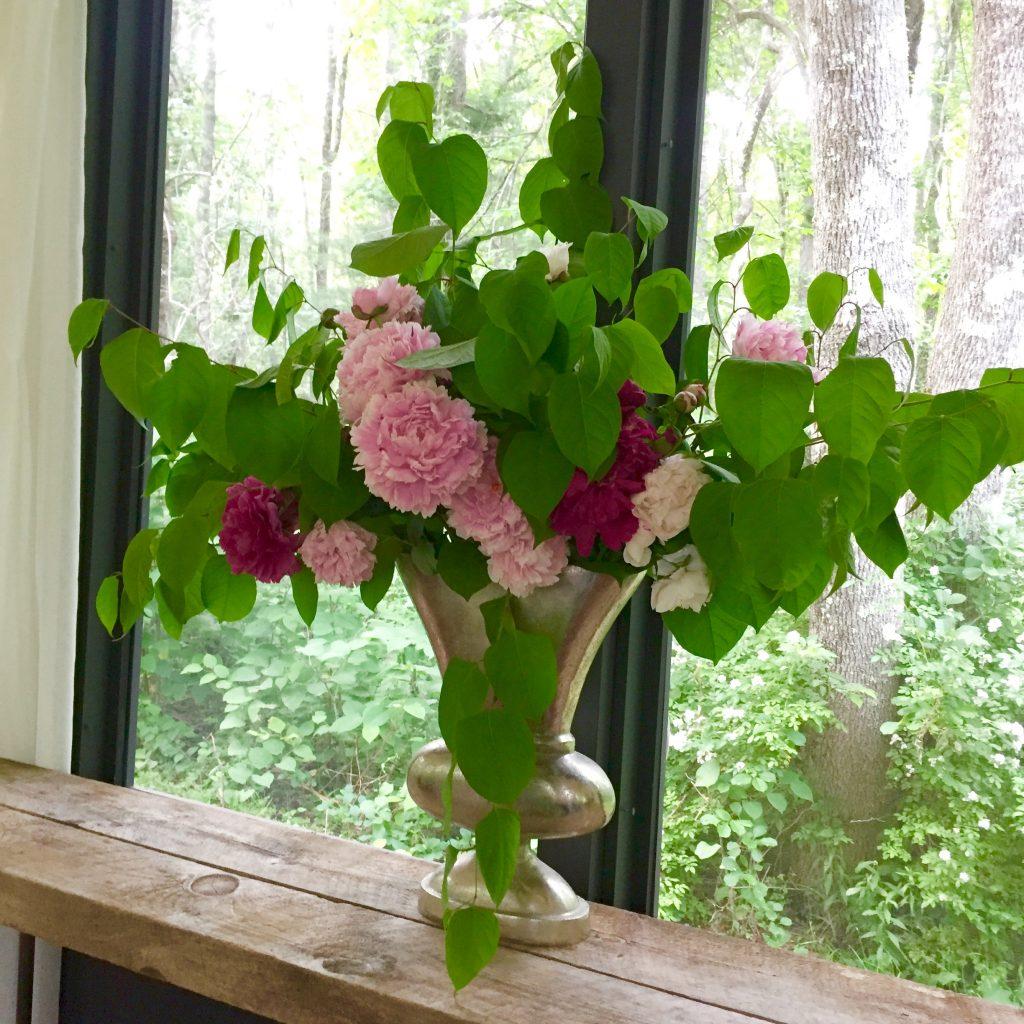 Just Right Farm Plympton MA  kallista floral arrangement