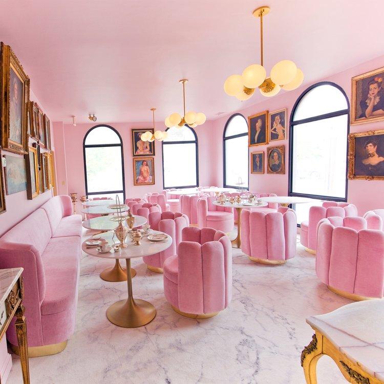 Garrison Inn Ladyfinger Lounge Old World Hospitality