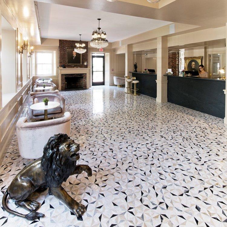 Garrison Inn Lobby Old World Hospitality