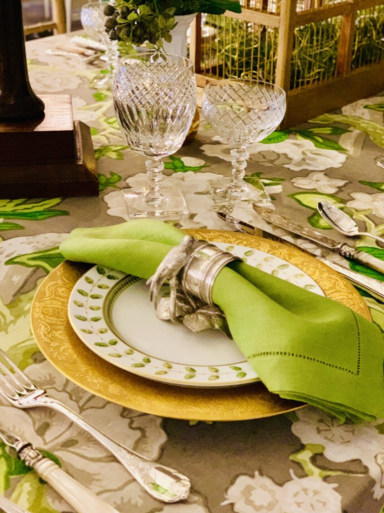 Designer Linda Weisberg Heading Home to Dinner 2019 tablescape colorful