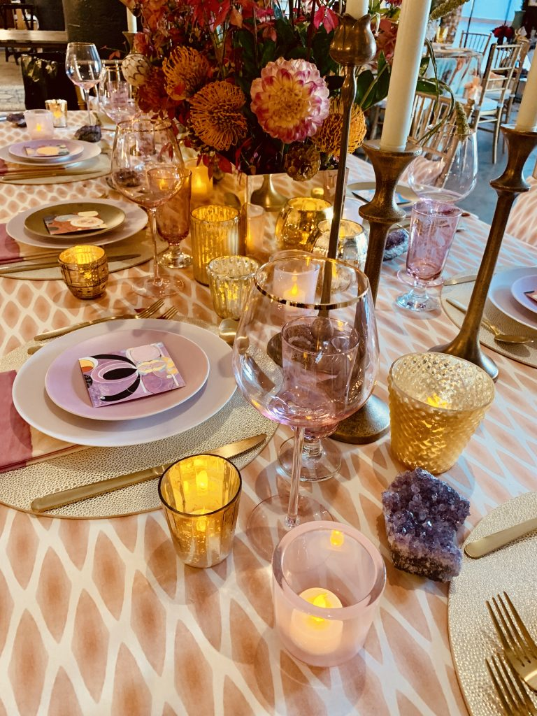 Linda Cabot deisgn Beautiful Tablescapes Heading Home to Dinner